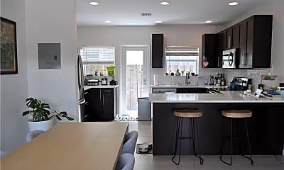 Kitchen, 808 NE 17th Way, 0