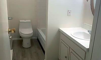 Bathroom, 132 Fox Hill Ln, 2