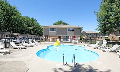 Pool, Great Northern Village, 1