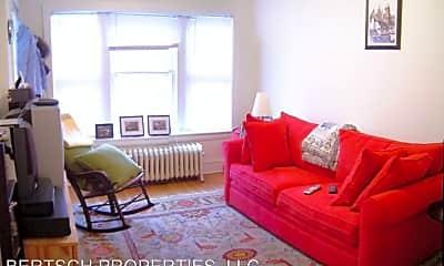 Living Room, 4254 N Wolcott Ave, 1