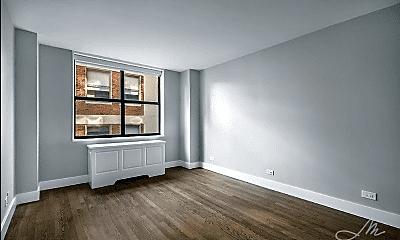 Living Room, 320 E 39th St, 1