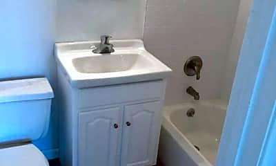 Bathroom, New Britain Apartments, 2