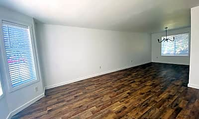 Living Room, 3513 NE 154th Ave, 1