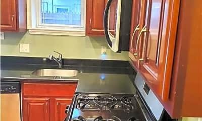 Kitchen, 2437 S Darien St, 1