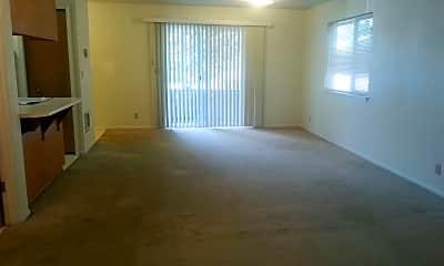 Living Room, 4110 Henry Ct, 1