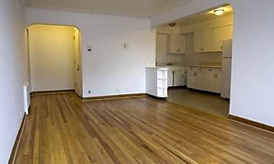 Historic Bancroft Apartments, 1
