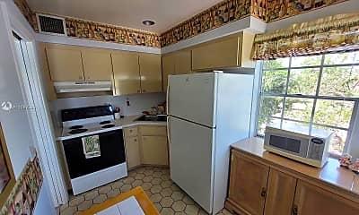 Kitchen, 1100 Atlantic Shores Blvd 401, 1