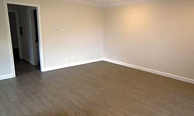 Living Room, 560 Charter St, 1