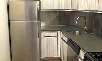 Kitchen, 139 Emerson Pl 001, 1