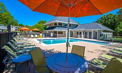 Pool, Hawthorne at Oak Ridge, 1