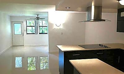 Kitchen, 20441 W Country Club Dr, 2