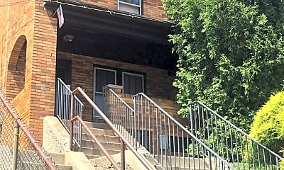 Building, 178 Hallock St, 2