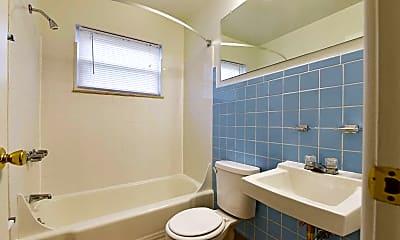 Bathroom, Williamsburg Village, 2