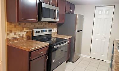 Kitchen, 1678 Kiowa Cir 103, 1