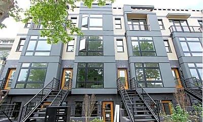 Building, 2116 3rd St NE, 1