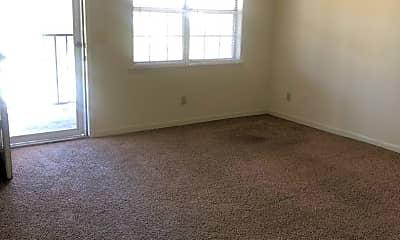 Living Room, 222 Gilbert Ct, 2