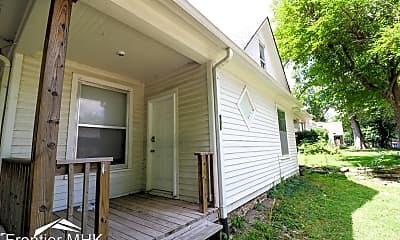 Patio / Deck, 901 Osage St, 1