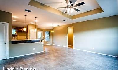 Living Room, 409 Noah Ln, 2