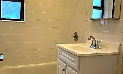 Bathroom, 149-45 Northern Blvd 5-G, 2