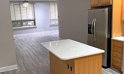 Kitchen, 822 W. Hamilton St, 1