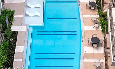Patio / Deck, 2021 E 5th St, 2