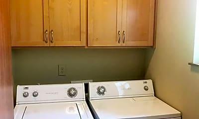Kitchen, 432 E 12th Ave, 2