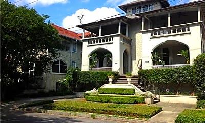 Building, 1631 Valence St, 2