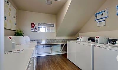 Kitchen, Baywind Apartments, 2