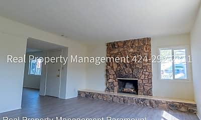 Living Room, 945 N Inglewood Ave, 0