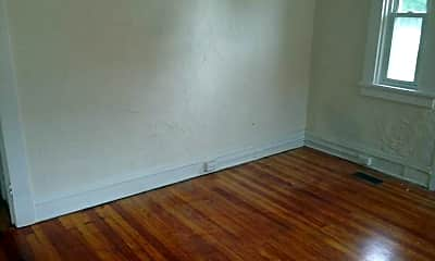 Bedroom, 4066 Forest Hill Ave, 2