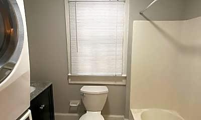 Bathroom, 679 Linwood Ave NE, 2