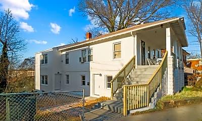 Building, 574 49th Pl NE, 2