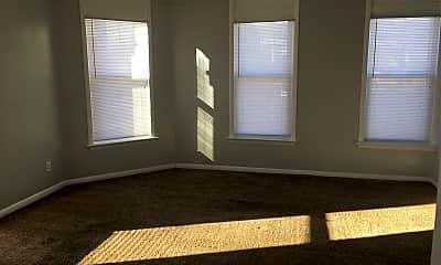 Living Room, 1501 N Harrison St, 1