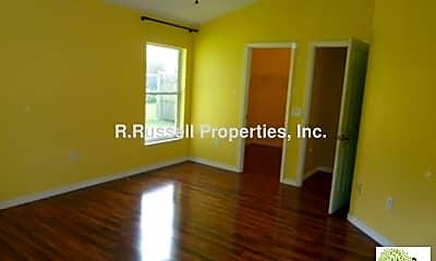 Living Room, 271 Pine Springs Dr, 2