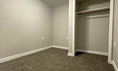 Bedroom, 500 Pine St, 2
