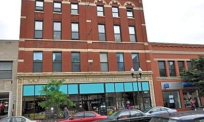 Building, 1459 N Milwaukee 2A, 0