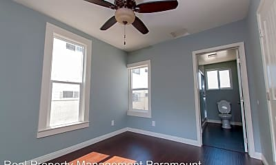 Bedroom, 1437 W 35th Pl, 1