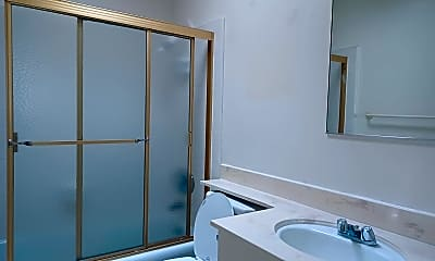 Bathroom, 11832 Kiowa Ave, 2