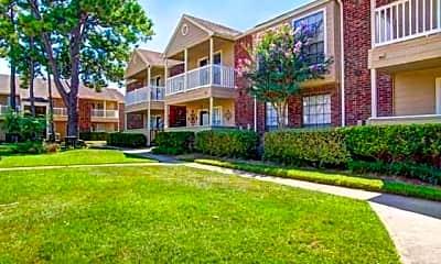 Marymont Apartments, 1