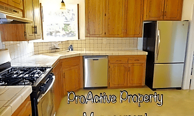 Kitchen, 836 Stephen Rd, 1