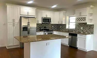 Kitchen, 997 Camp Rd, 1