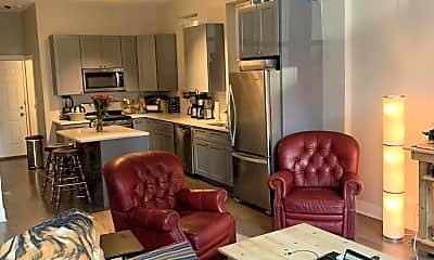 Living Room, 723 N Ada St, 0