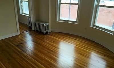 Living Room, 5437 S Harper, 1
