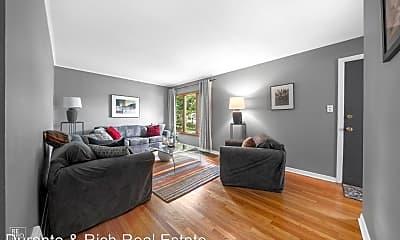 Living Room, 1108 N Beverly Ln, 1