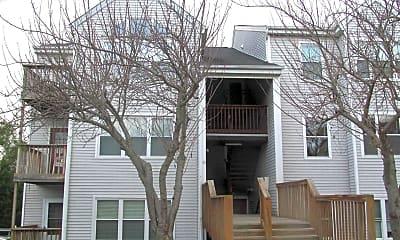 Building, 10 Fallen Tree Ct 207, 0