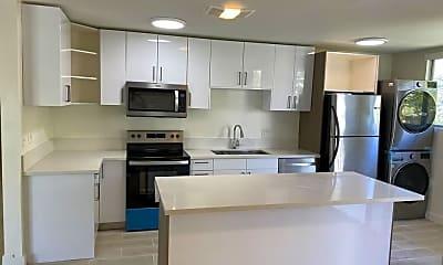Kitchen, 11854 Darlington Ave, 2