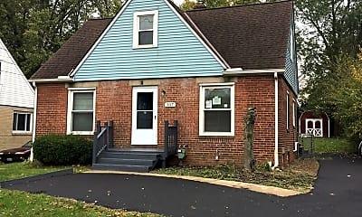 Building, 307 W Bagley Rd, 0