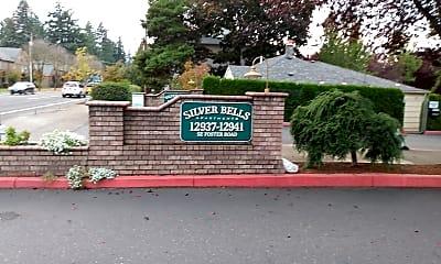 Silver Bells Apartments, 1