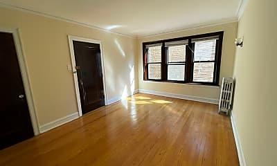 Living Room, 4626 N Wolcott Ave, 1