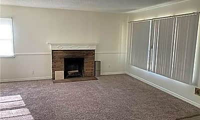 Living Room, 6628 Nicolett St, 2